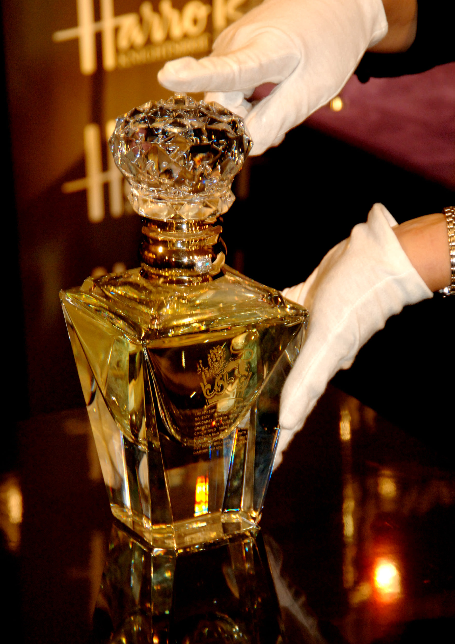 Clive christian the world s most expensive perfume for Clive christian perfume