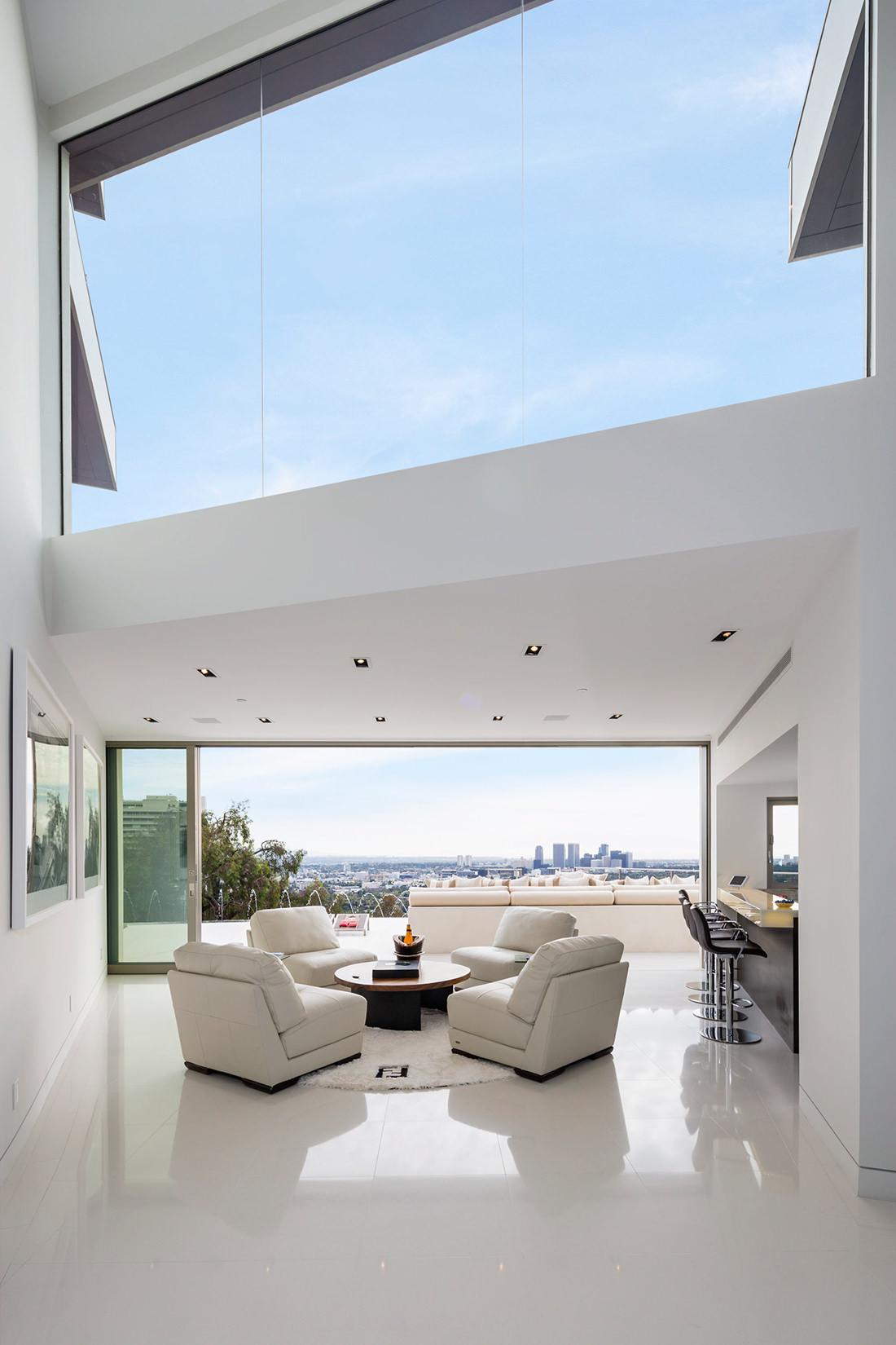 Sierra Del Mar 9380 A Genuine Beverly Hills Home