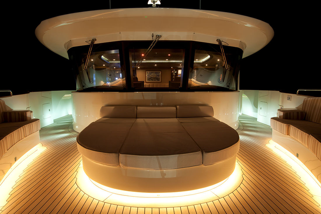 Belle Anna : a modern and sporty superyacht by Isa Yachts