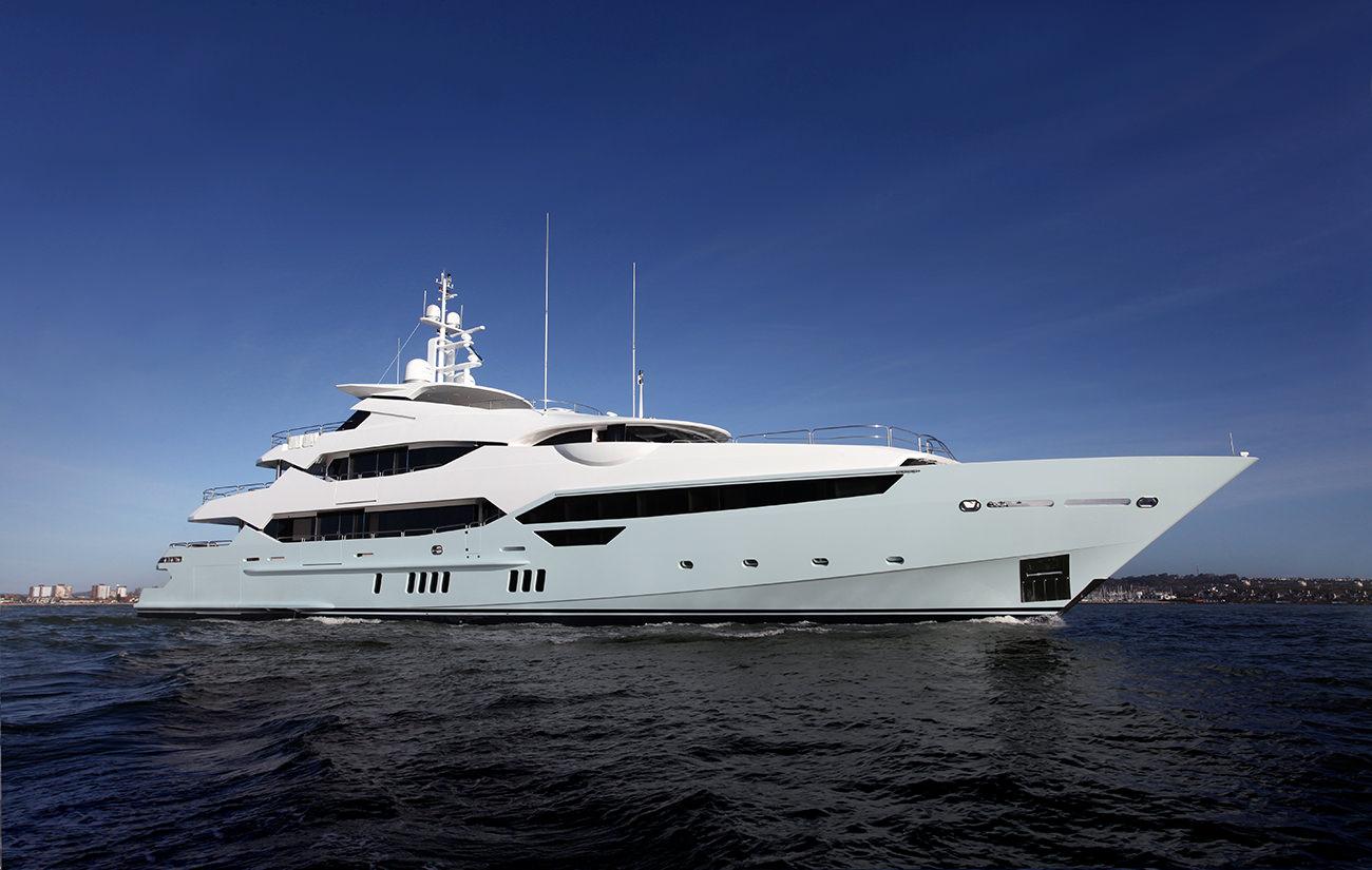 Sunseeker-155-yacht-1