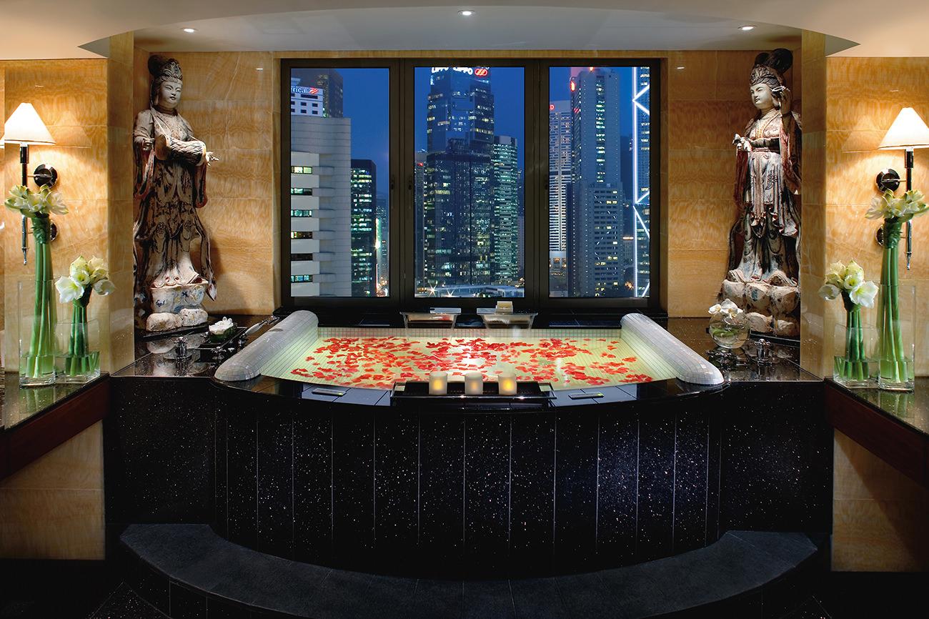 Mandarin Oriental The Much Loved Address In Hong Kong