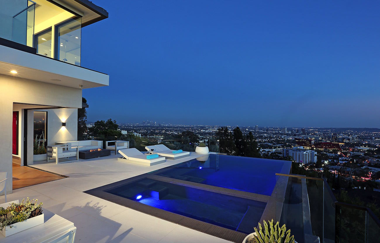 8931 St Ives Drive The Most Amazing And Explosive View Of Hollywood Hills