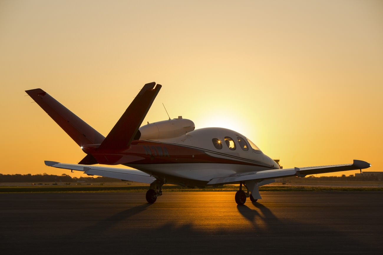 cirrus revolutionises aviation market with its first